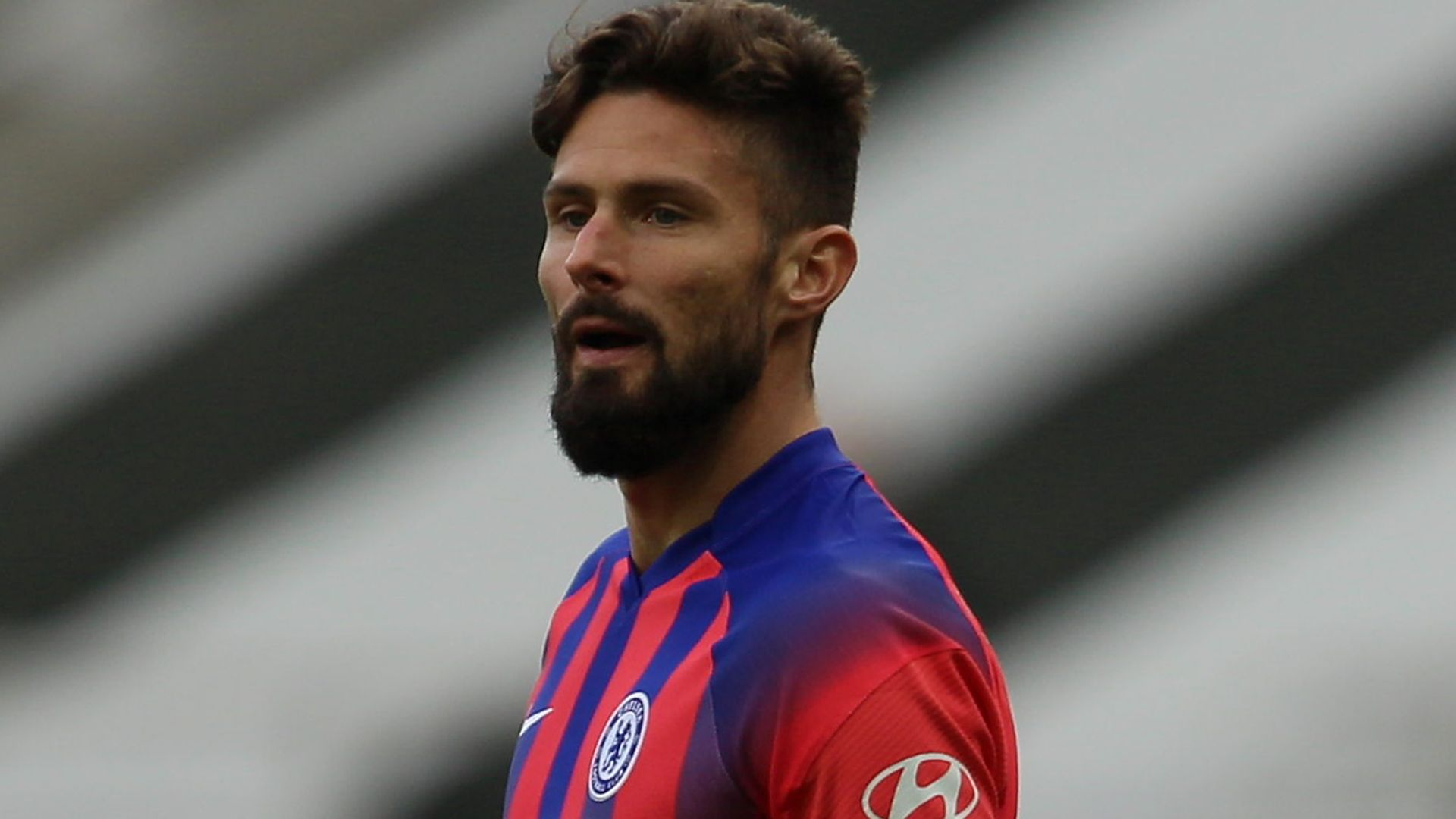 Giroud 'concerned' by lack of minutes