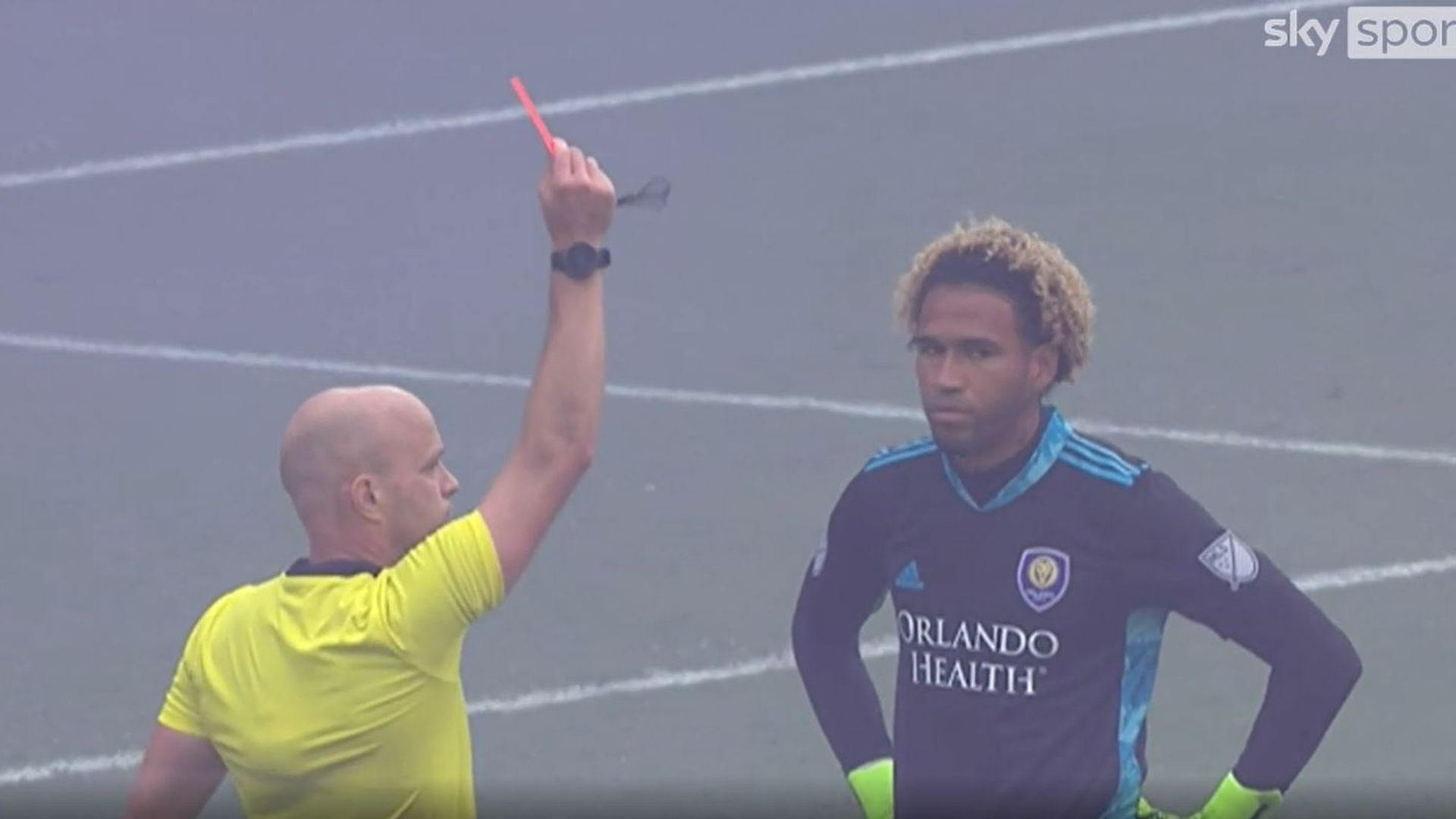 Reds, subs & a defender in goal: Most chaotic shootout ever?