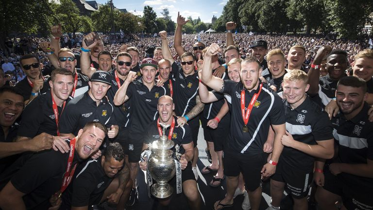 Hull FC's Challenge Cup victory parade in 2016 drew huge crowds