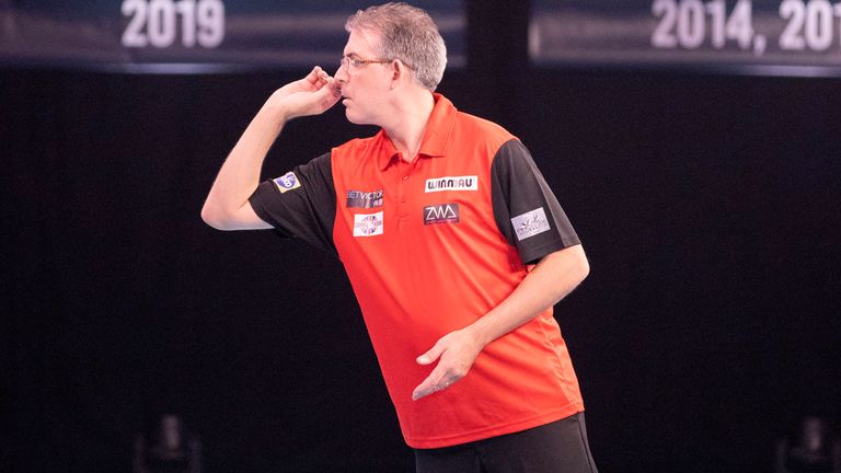 Smith has enjoyed two separate stints as a PDC Tour Card holder