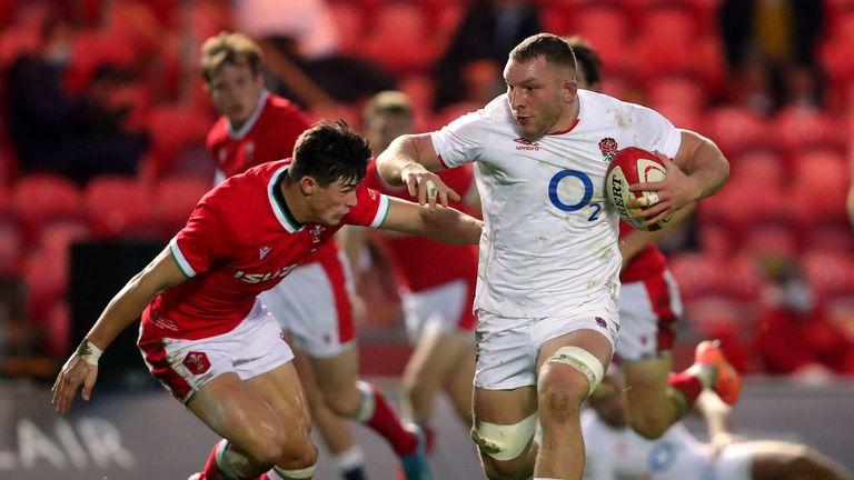 San Underhill breaks for England
