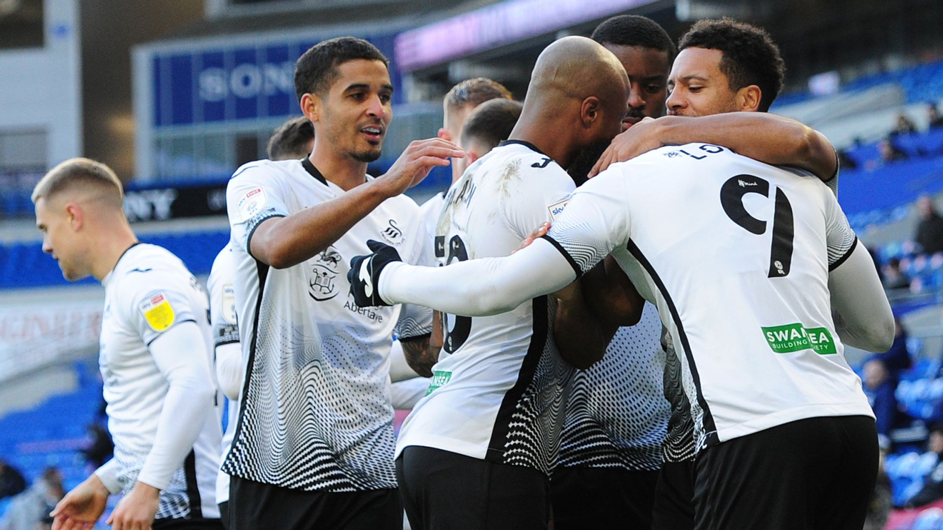 Ch'ship: Swans beat 10-man Cardiff; 3pms build-up LIVE!