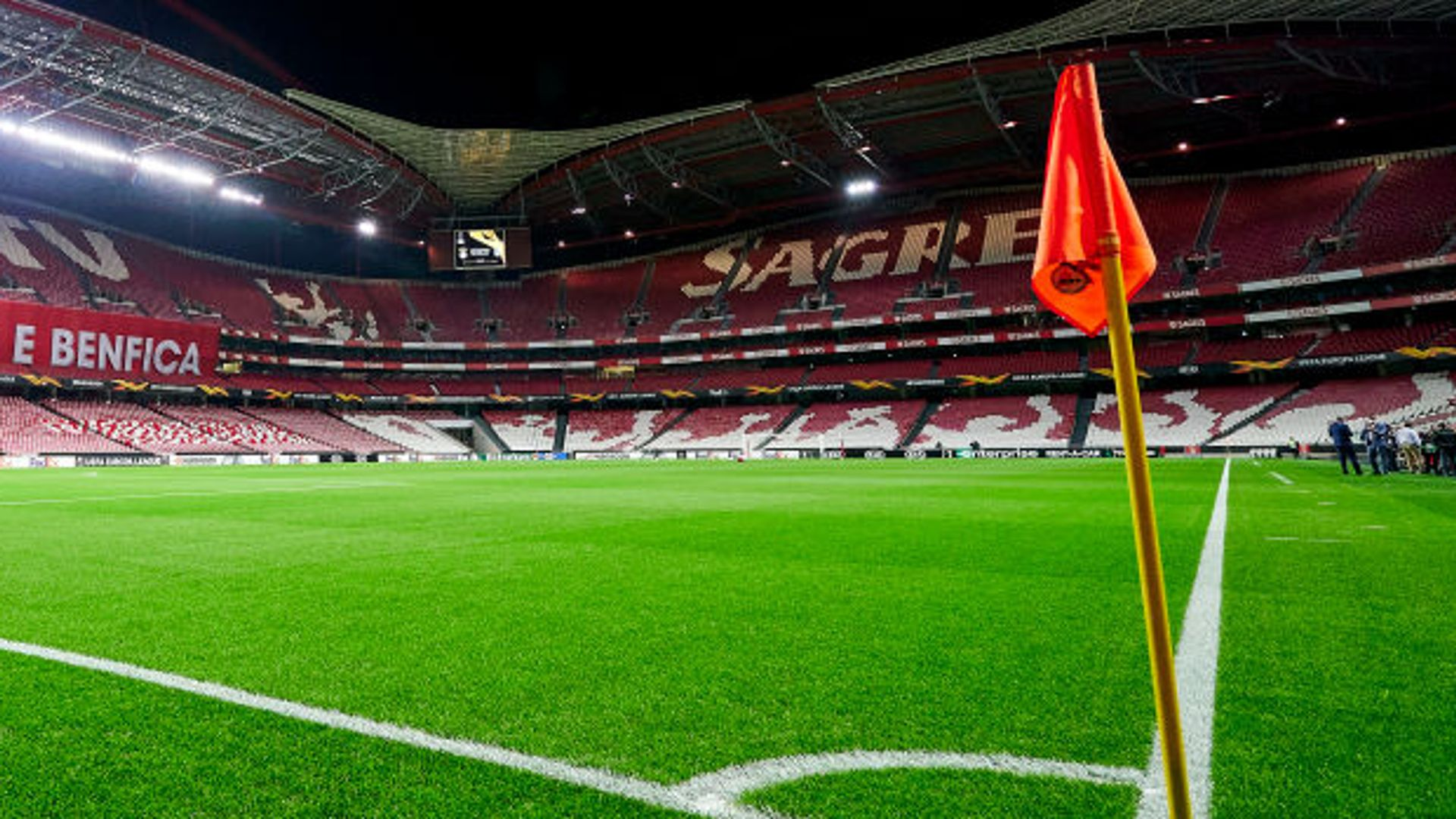 Benfica report 17 positive covid tests
