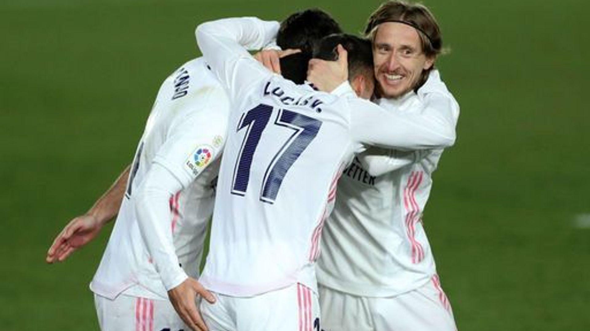 Euro round-up: Real go top of La Liga