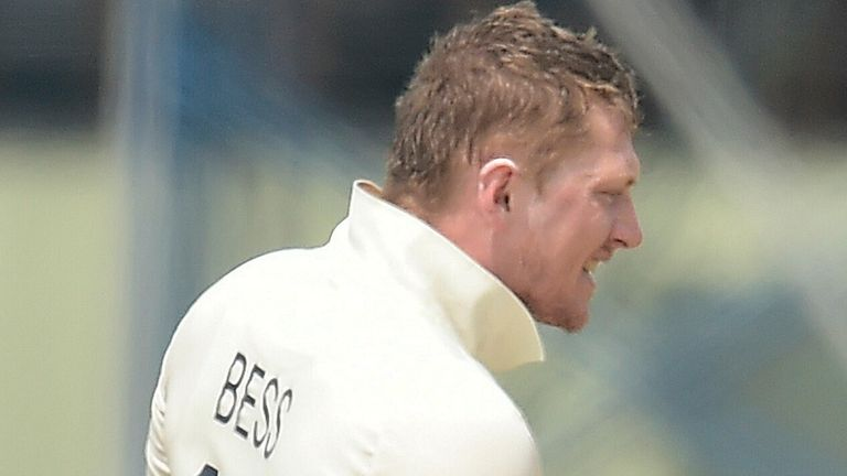 Dom Bess took 4-49 as Sri Lanka crumbled either side of lunch