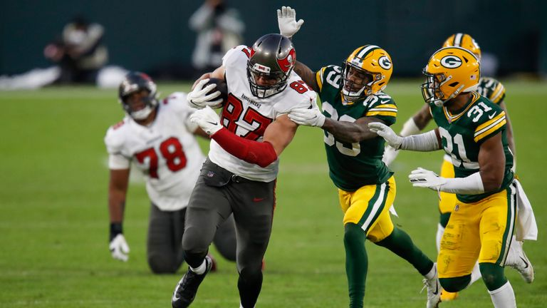 Highlights of the Tampa Bay Buccaneers against the Green Bay Packers in the NFC Championship Game