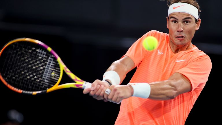 Rafael Nadal defeated Dominic Thiem in straight sets