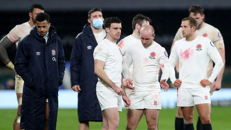England players look dejected after the defeat to Scotland