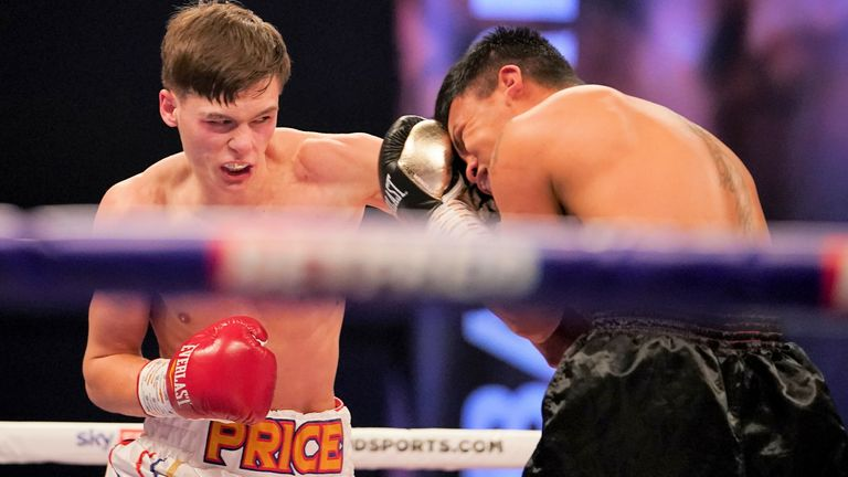 Hopey Price won every round of his fight against Daniel Mendoza