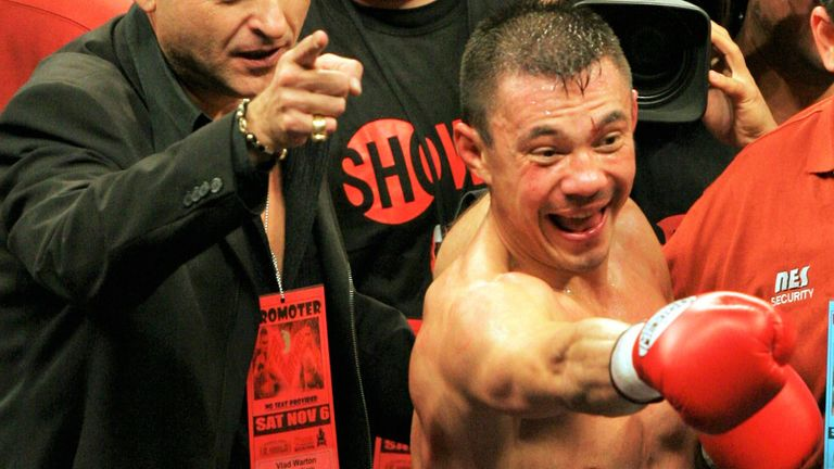 Leija was hampered by injury in his fight with Kostya Tszyu
