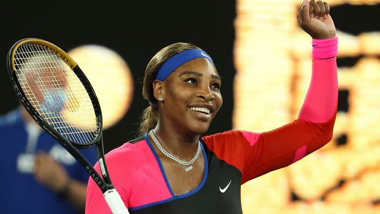 Serena Williams defeated Simona Halep to reach the semi-finals of the Australian Open