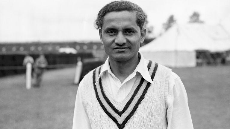 Vijay Hazare (pictured) put on an extras-free 222 with Vijay Manjrekar at Headingley in 1952