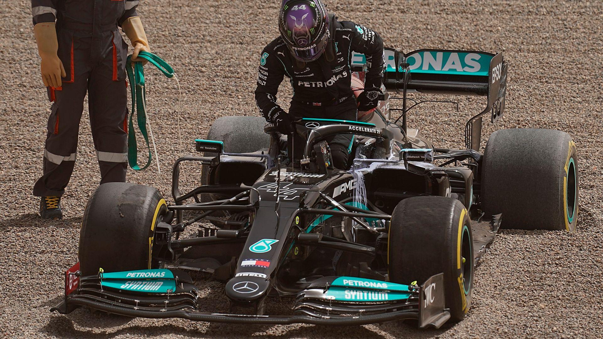 McLaren's Ricciardo fastest again as Hamilton spins off