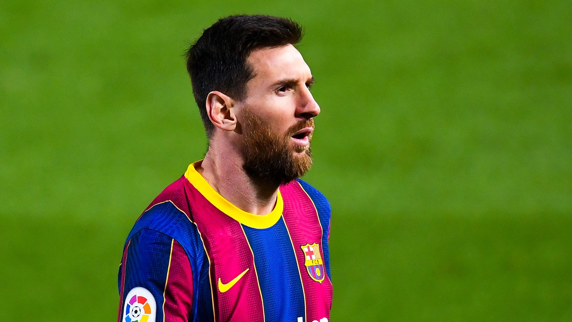 Messi scores double on landmark Barca appearance