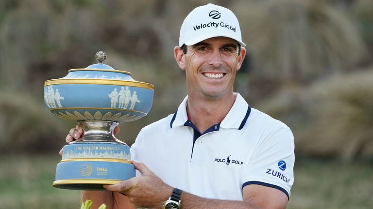 Horschel holds his trophy after winning at Austin Country Club
