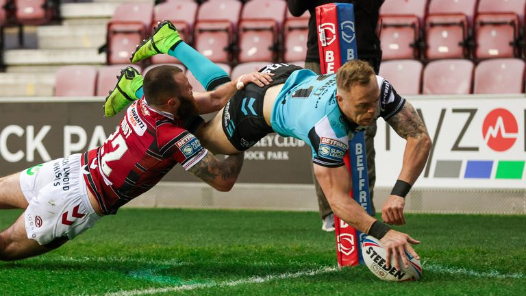 Adam Swift took flight for Hull's first try
