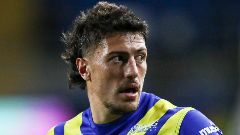 Anthony Gelling could make his Leigh debut on Friday