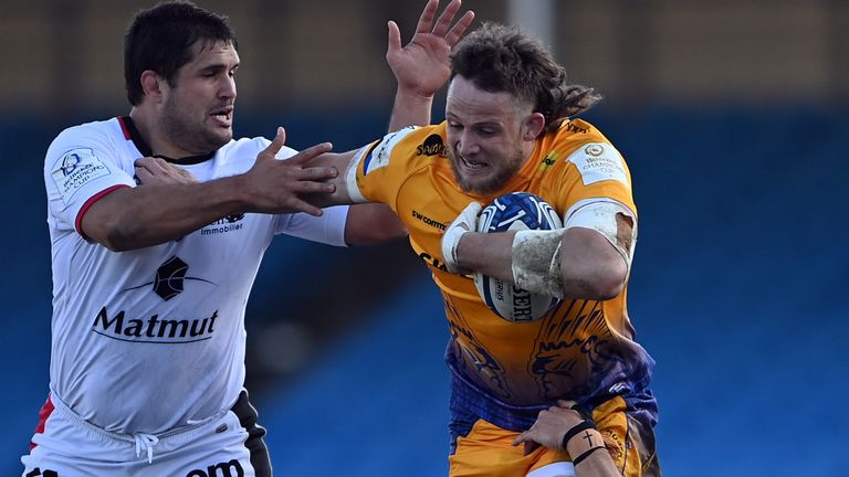 Jonny Hill scored two tries as the Chiefs dismantled Lyon at Sandy Park