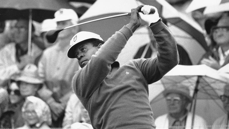 Elder tees off on the first hole in the 1975 Masters