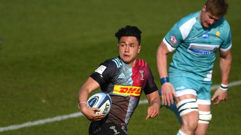 Marcus Smith runs in a second try for Quins