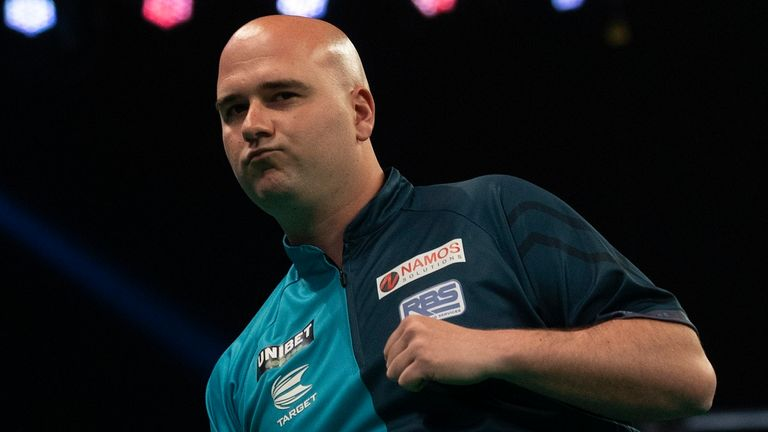 Former champion Rob Cross could be in the mix next weekend when the 2021 champion will be crowned (Image: Lawrence Lustig/PDC)