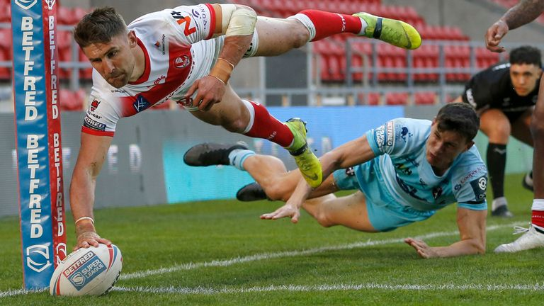 This Tommy Makinson effort was ruled out