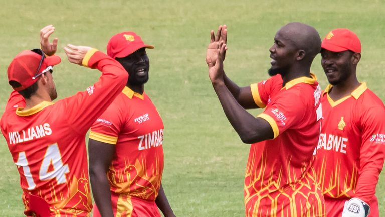 Zimbabwe beat Pakistan in the second T20I in Harare to level the series at 1-1 going into Sunday's decicder