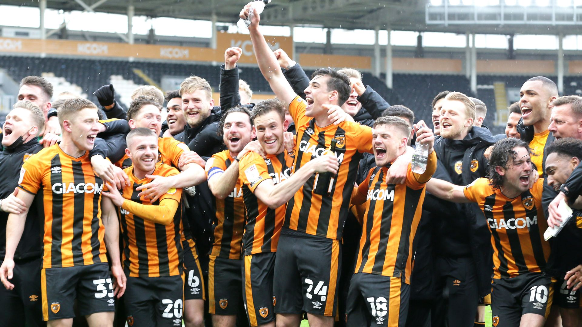 Hull win Sky Bet League One title