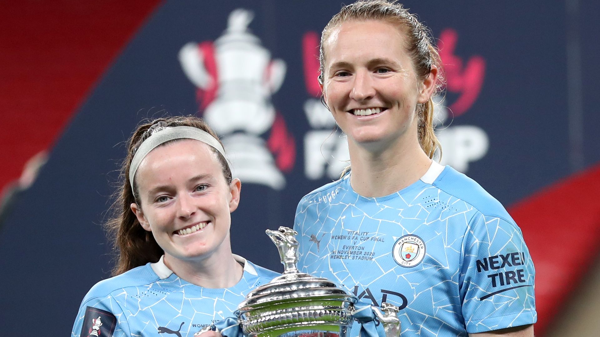 Lavelle and Mewis to leave Man City