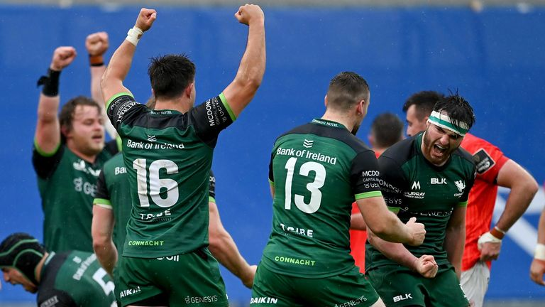 Connacht celebrate after beating Munster