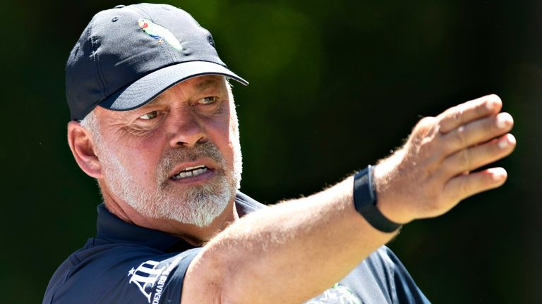 Darren Clarke holds a one-shot lead at the Regions Tradition