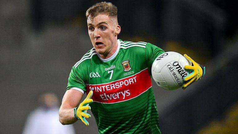 Eoghan McLaughlin hizo el cambio del ciclismo al fútbol gaélico, y no ha mirado atrás