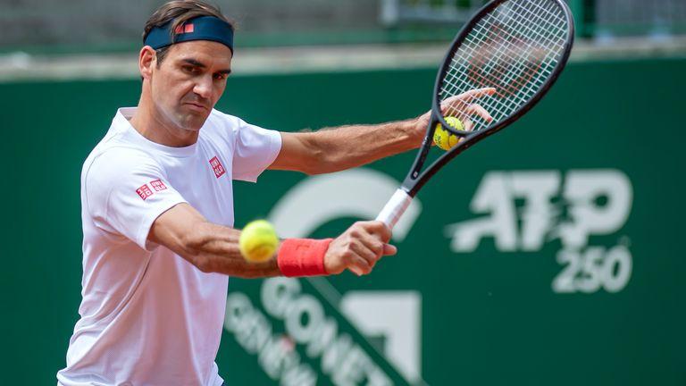 Federer überlegt immer noch, ob er in Tokio antreten soll (Martial Trezzini / Keystone via AP).
