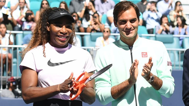Serena Williams has hailed Roger Federer as the greatest men's tennis player of all time