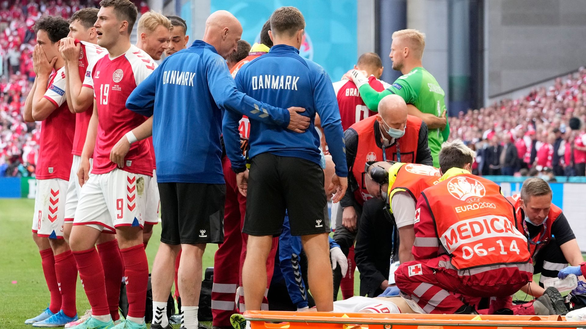 PL to donate defibrillators to grassroots football