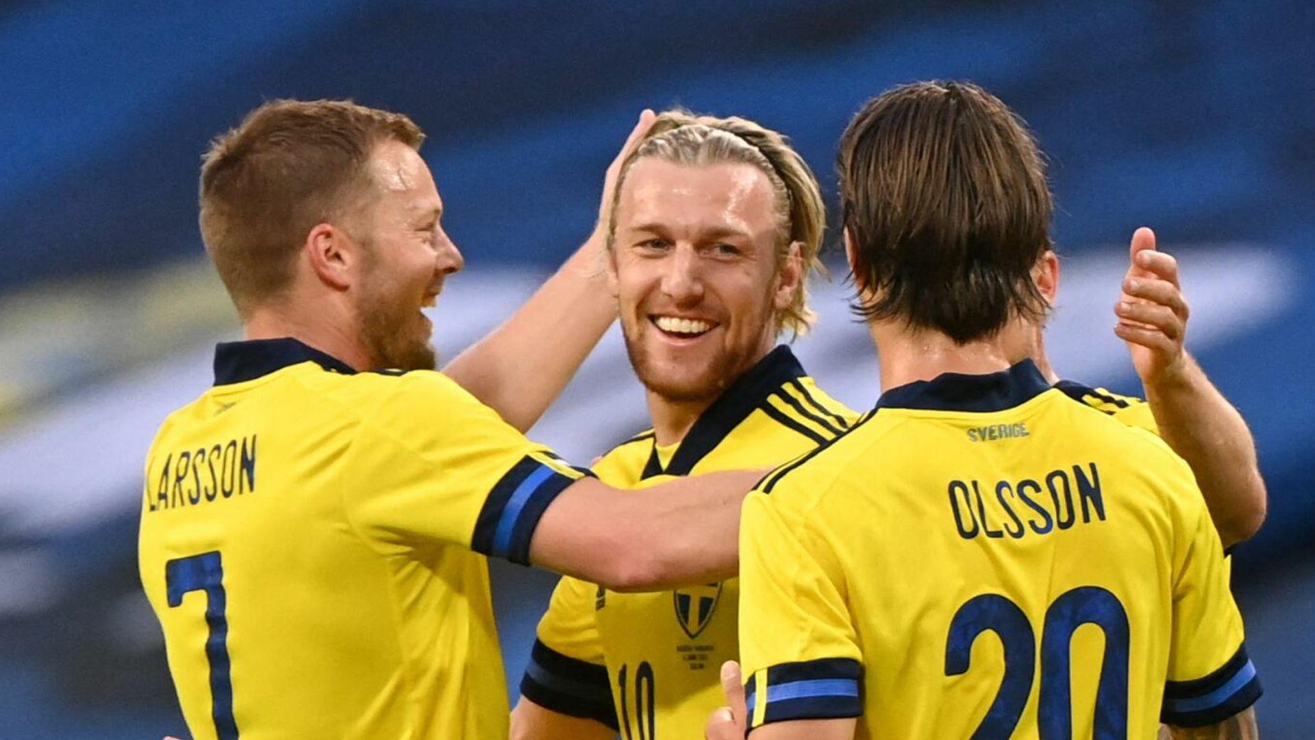 Forsberg inspires Sweden   Russia edge Bulgaria