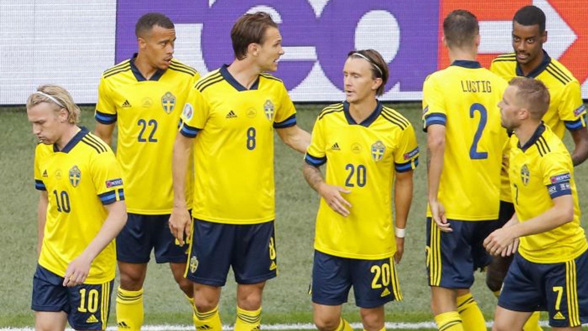 Sweden top Group E as Poland eliminated