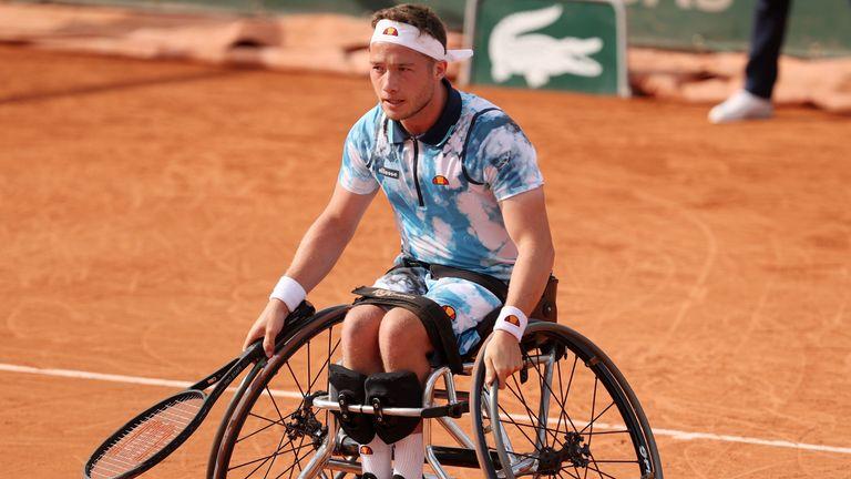 Alfie Hewett produced a sensational comeback to reach the men's wheelchair singles final