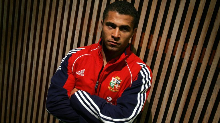 Two-time Lions tourist Jason Robinson (2001, 2005) has called on the Lions to make a united stand against racism
