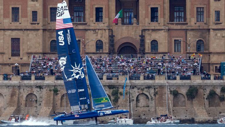 Estados Unidos parecía confiado en la final antes de su costosa fusión (Crédito de la imagen: Bob Martin para SailGP)