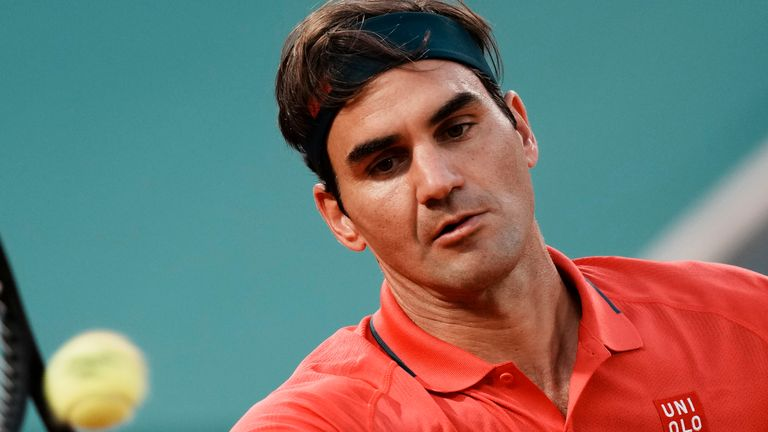 Roger Federer has officially withdrawn from this year's French Open in order to concentrate his efforts on Wimbledon