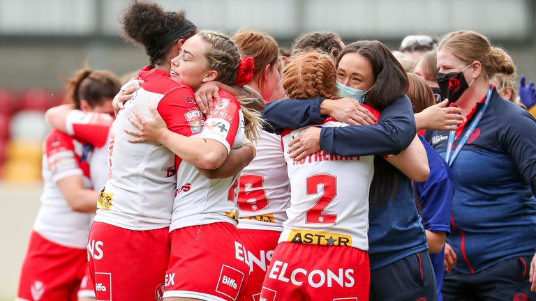 St Helens booked their passage through to a first appearance in the final of the women's Challenge Cup
