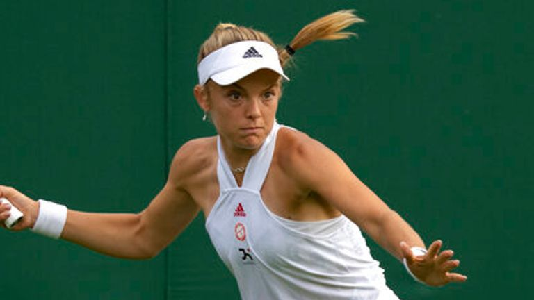 Katie Swan was unable to continue her run from qualifying and fell at the hands of Madison Keys