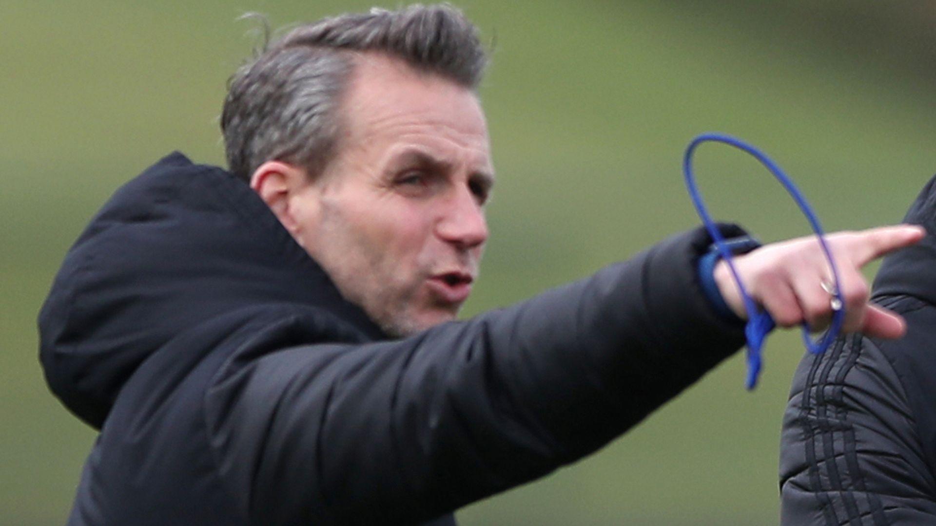 Arsenal assistant Stuivenberg leaves Wales role