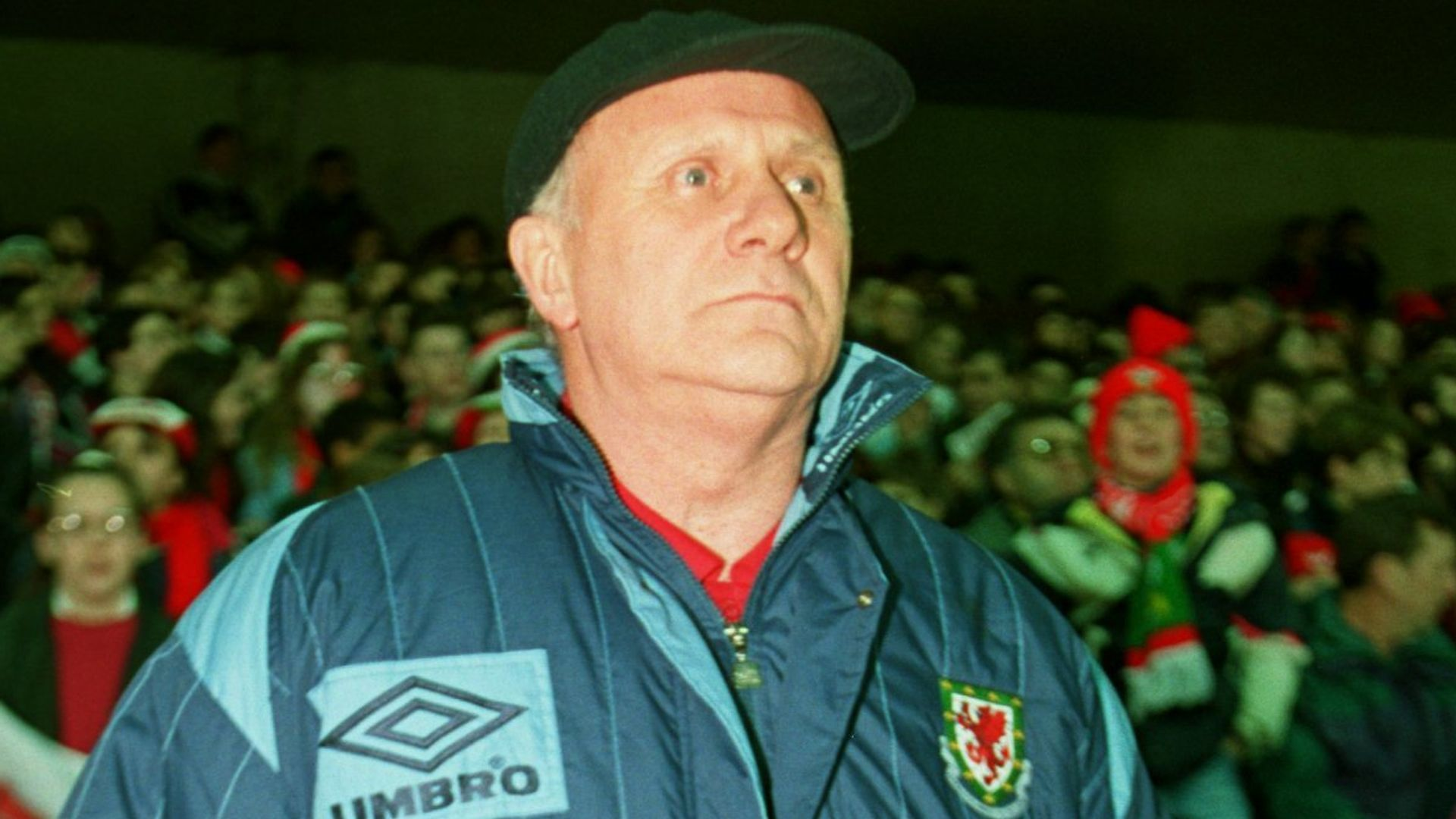 Former Wales manager Mike Smith dies aged 83