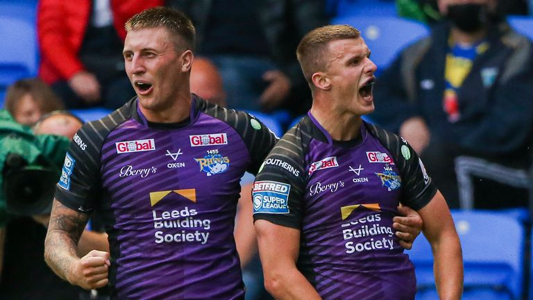 Highlights as Leeds Rhinos held out to secure victory over Warrington Wolves in Monday's Betfred Super League match.