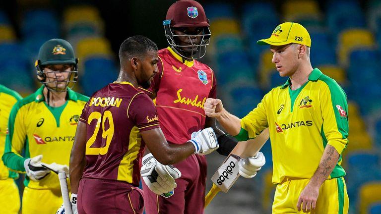 Les Antilles ont battu l'Australie par quatre guichets dans le deuxième ODI pour mettre en place un décideur de série