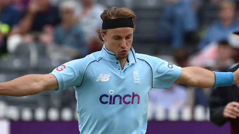 Tom Curran returned to form with four wickets