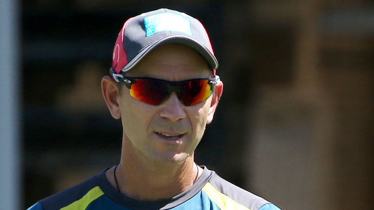 Australia limited-overs captain Aaron Finch (right) says Langer has the full backing of the players