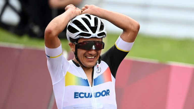 Carapaz celebrates winning the Olympic road race at the Fuji Speedway